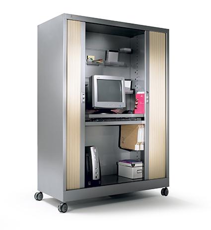 TV / Computerkasten en garderobekasten